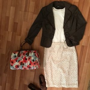 Dresses & Skirts - Cream lace pencil skirt